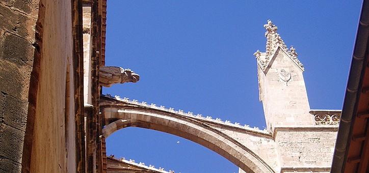 Detalle exterior de La Seu, la Catedral de Palma de Mallorca